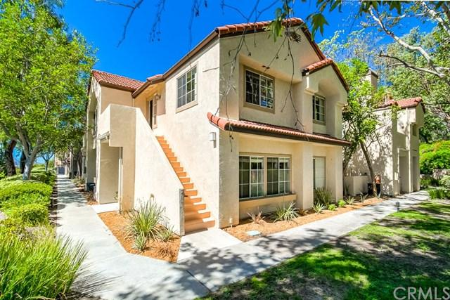 21256 Camelia #4, Lake Forest, CA 92630 (#OC18229431) :: Fred Sed Group