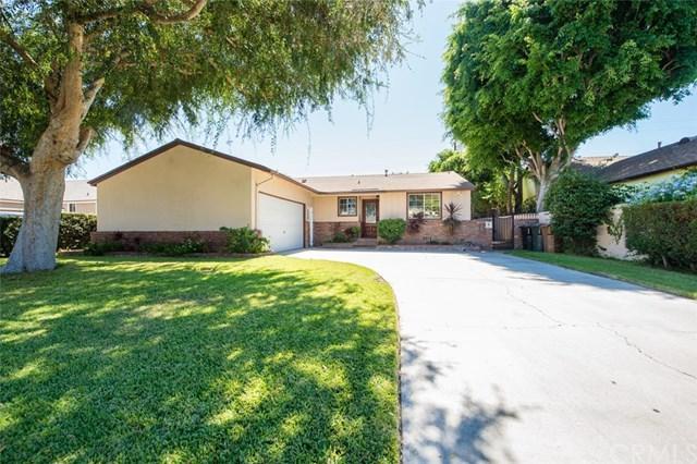 818 W Baker Avenue, Fullerton, CA 92832 (#OC18229272) :: Ardent Real Estate Group, Inc.