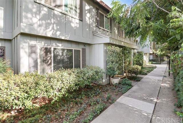 20130 Runnymede Street #30, Winnetka, CA 91306 (#SR18229351) :: Team Tami