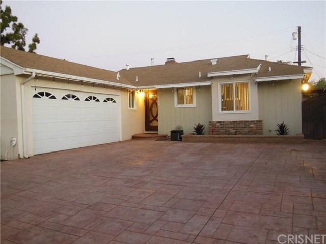 12660 Arminta Street, North Hollywood, CA 91605 (#SR18229675) :: Barnett Renderos