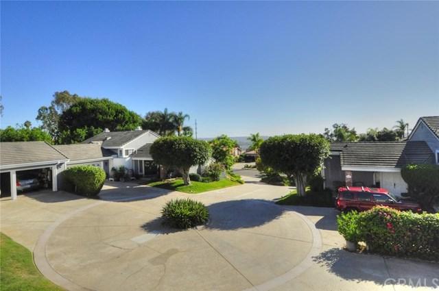 2513 Luciernaga Street, Carlsbad, CA 92009 (#ND18229446) :: Barnett Renderos