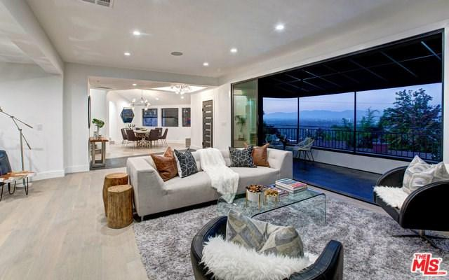 3712 Berry Drive, Studio City, CA 91604 (#18388308) :: RE/MAX Empire Properties