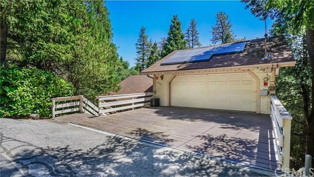 24560 Horst Drive, Crestline, CA 92325 (#OC18229246) :: Fred Sed Group