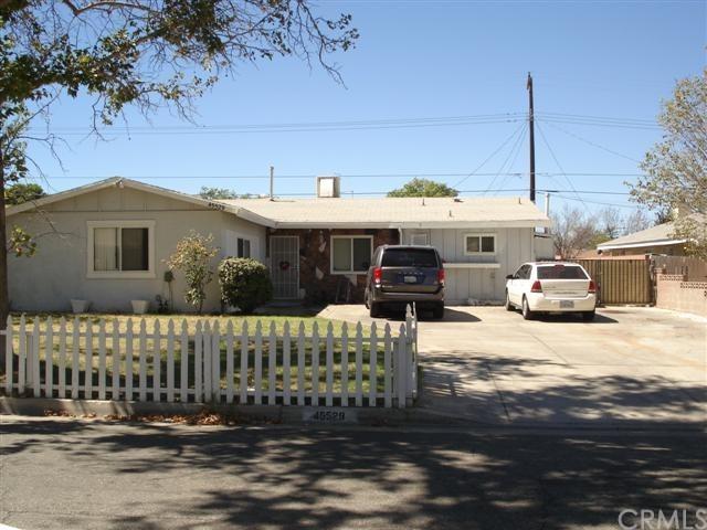 45529 Sancroft Avenue, Lancaster, CA 93535 (#OC18230198) :: The DeBonis Team