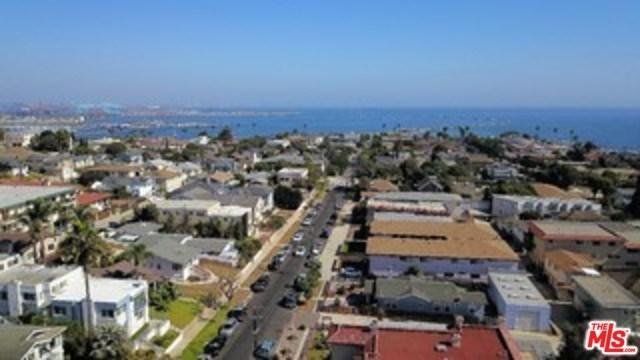 744 W 39TH Street #1, San Pedro, CA 90731 (#18388326) :: Impact Real Estate