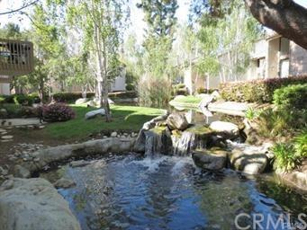 26701 Quail Creek #227, Laguna Hills, CA 92656 (#OC18230524) :: Z Team OC Real Estate
