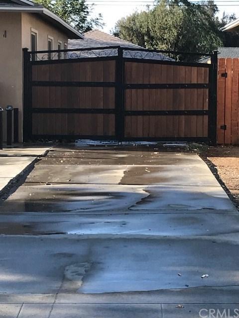 2491 Carlton Place, Riverside, CA 92507 (#CV18230549) :: RE/MAX Empire Properties