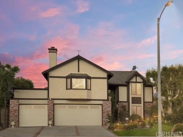 10758 Cozycroft Avenue, Chatsworth, CA 91311 (#SR18229833) :: The Laffins Real Estate Team