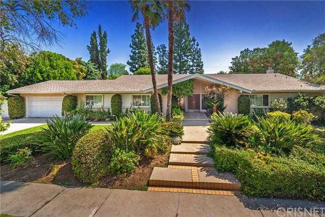 9524 Texhoma Avenue, Northridge, CA 91325 (#SR18230572) :: The Laffins Real Estate Team