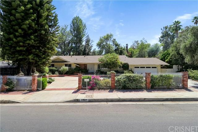 19526 Wells Drive, Tarzana, CA 91356 (#SR18230675) :: The Laffins Real Estate Team