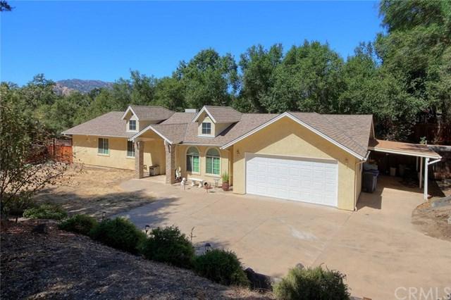 41056 Deer Creek Drive, Oakhurst, CA 93644 (#FR18229621) :: Millman Team