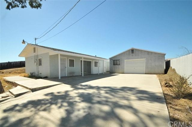 10345 Wells Avenue, Riverside, CA 92505 (#WS18229292) :: Impact Real Estate