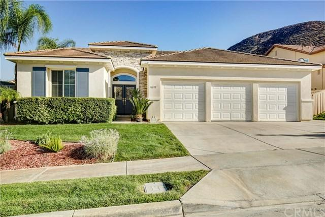31895 Green Leaf Court, Lake Elsinore, CA 92532 (#OC18230888) :: RE/MAX Innovations -The Wilson Group