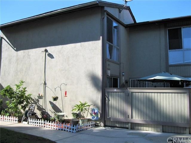 801 W 232nd Street M, Torrance, CA 90502 (#SB18227552) :: Naylor Properties