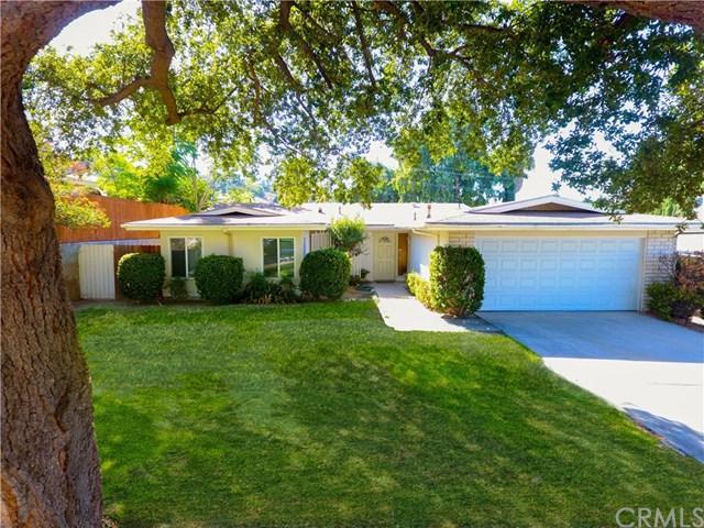 11594 Poplar Street, Loma Linda, CA 92354 (#EV18231010) :: Team Tami