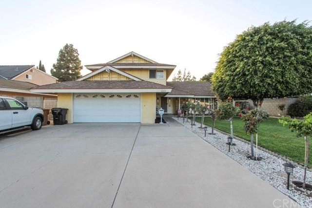 613 S Broder Street, Anaheim, CA 92804 (#OC18230388) :: The Darryl and JJ Jones Team