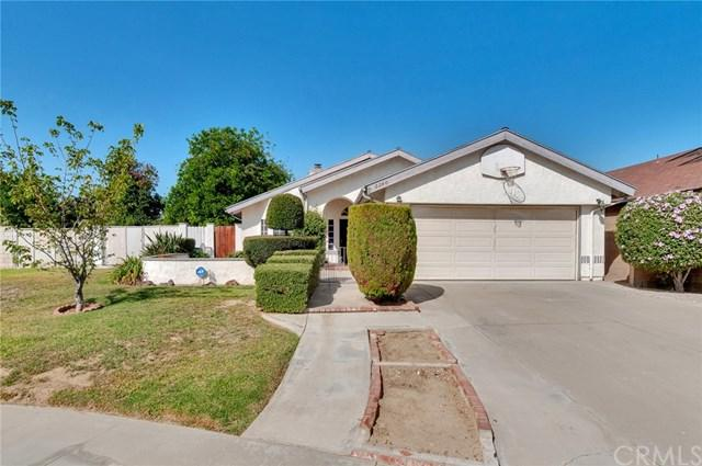 2240 Holly Place, Ontario, CA 91762 (#CV18231678) :: RE/MAX Innovations -The Wilson Group