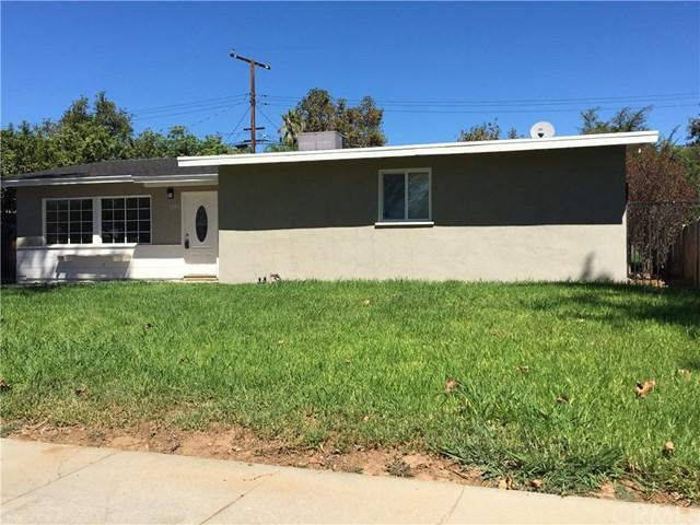 5771 Dean Way, Riverside, CA 92504 (#CV18231723) :: Go Gabby