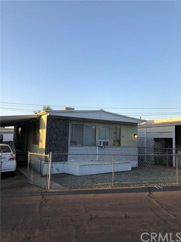 300 Ellis Street #11, Lake Elsinore, CA 92530 (#SW18230083) :: Impact Real Estate