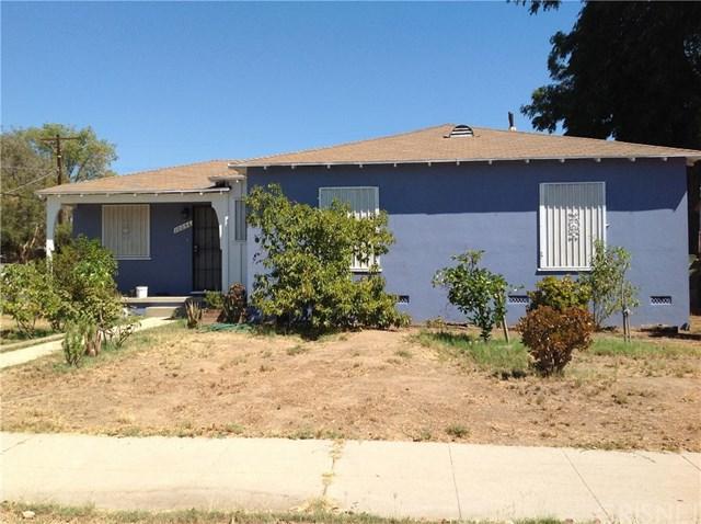 10056 Burnet Avenue, Mission Hills (San Fernando), CA 91345 (#SR18231456) :: Barnett Renderos