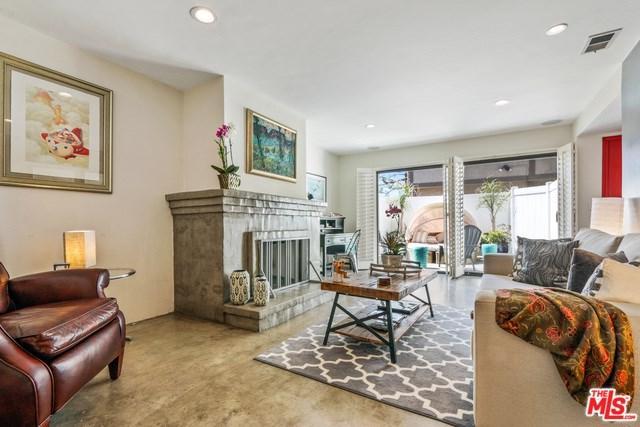 1140 Manhattan Beach D, Manhattan Beach, CA 90266 (#18389320) :: Naylor Properties