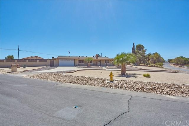 18233 Cocopah Road, Apple Valley, CA 92307 (#CV18230108) :: RE/MAX Innovations -The Wilson Group