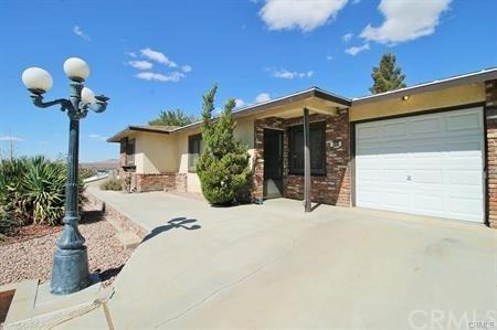 301 S Muriel Drive, Barstow, CA 92311 (#TR18230481) :: The Laffins Real Estate Team