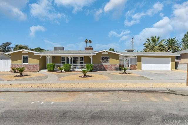 732 N Sycamore Avenue, Rialto, CA 92376 (#DW18231616) :: The Laffins Real Estate Team