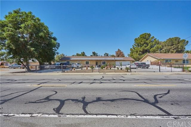 9840 Locust Avenue, Bloomington, CA 92316 (#CV18232681) :: RE/MAX Innovations -The Wilson Group