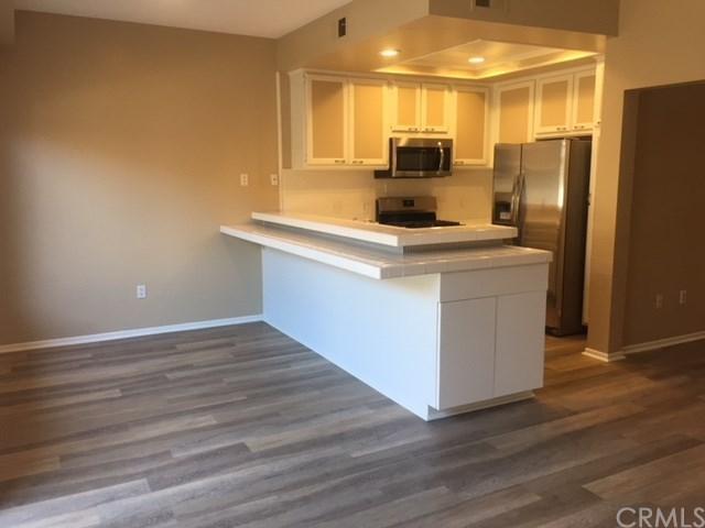 88 Greenmoor #44, Irvine, CA 92614 (#OC18232544) :: Z Team OC Real Estate