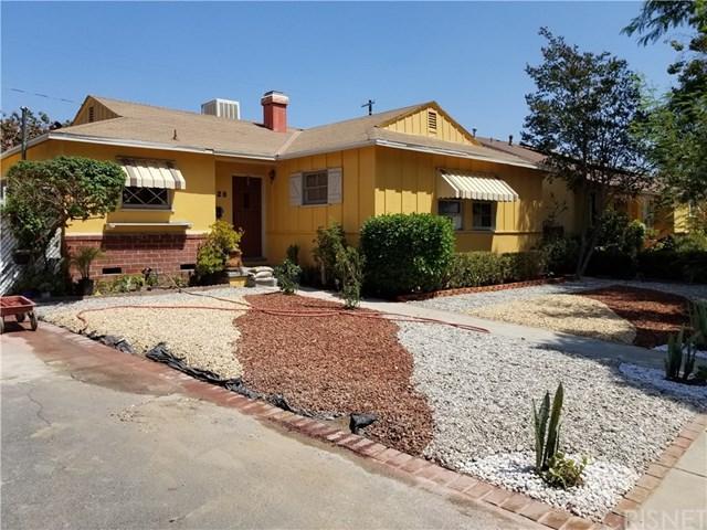 8128 Lesner Avenue, Lake Balboa, CA 91406 (#SR18232689) :: RE/MAX Innovations -The Wilson Group