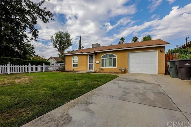 4475 Highland Place, Riverside, CA 92506 (#IV18233084) :: RE/MAX Innovations -The Wilson Group