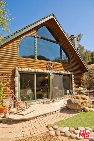 1233 Greenleaf Canyon Road, Topanga, CA 90290 (#18389468) :: The Laffins Real Estate Team