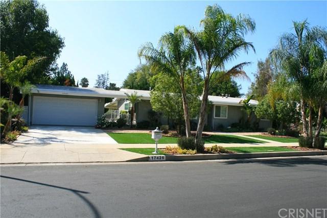 17426 Septo Street, Northridge, CA 91325 (#SR18233221) :: The Laffins Real Estate Team