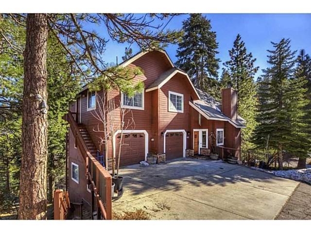 26370 Spyglass Drive, Lake Arrowhead, CA 92352 (#EV18233889) :: The Laffins Real Estate Team