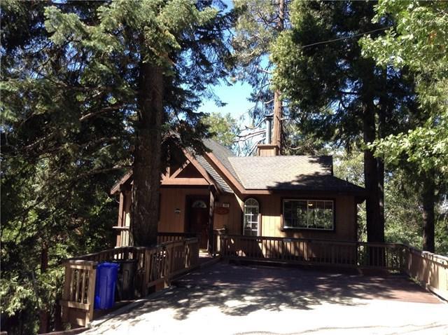 192 Fremont Road, Lake Arrowhead, CA 92352 (#CV18234180) :: The Laffins Real Estate Team