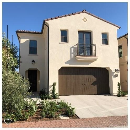 108 Omar, Irvine, CA 92620 (#OC18233948) :: Z Team OC Real Estate