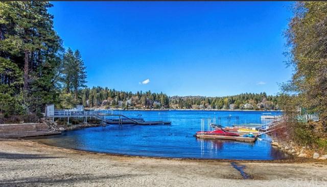 308 Villa, Lake Arrowhead, CA 92352 (#IV18238266) :: Angelique Koster