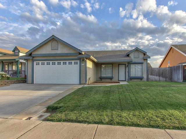 492 Cuesta Street, Soledad, CA 93960 (#ML81726197) :: eXp Realty of California Inc.
