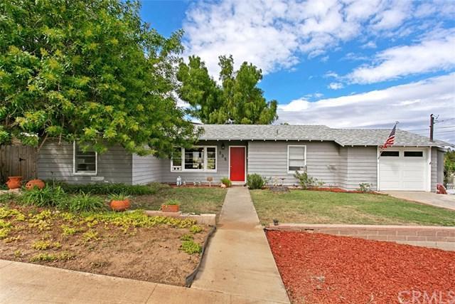 335 W Alvarado Street, Fallbrook, CA 92028 (#ND18242041) :: The Laffins Real Estate Team
