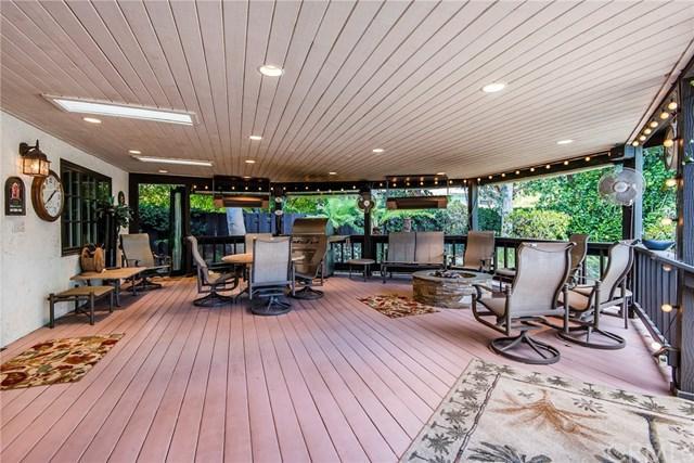 6 Goldenspar Pl, Rolling Hills Estates, CA 90274 (#PV18242179) :: Go Gabby