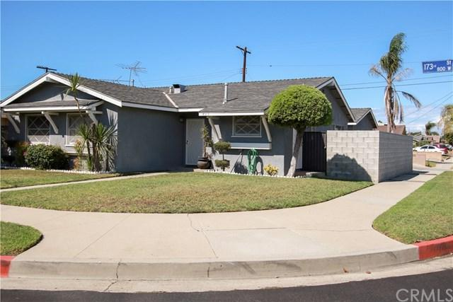 805 W 173rd Street, Gardena, CA 90247 (#SB18240957) :: Fred Sed Group