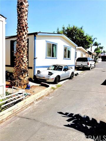 21845 Grand Terrace Rd #31, Grand Terrace, CA 92313 (#CV18242978) :: Mainstreet Realtors®