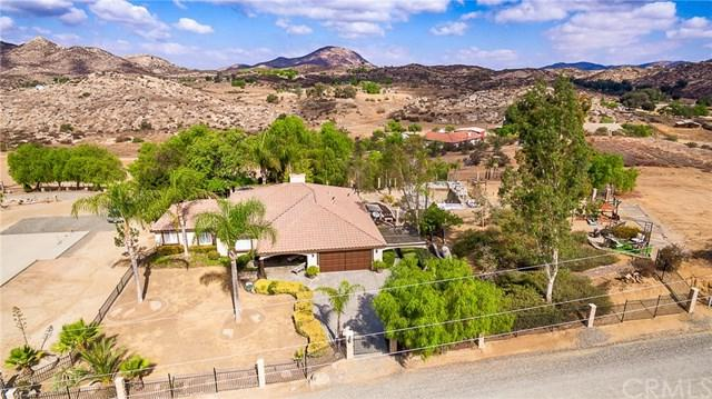 38798 Green Meadow Road, Temecula, CA 92592 (#SW18243537) :: Fred Sed Group