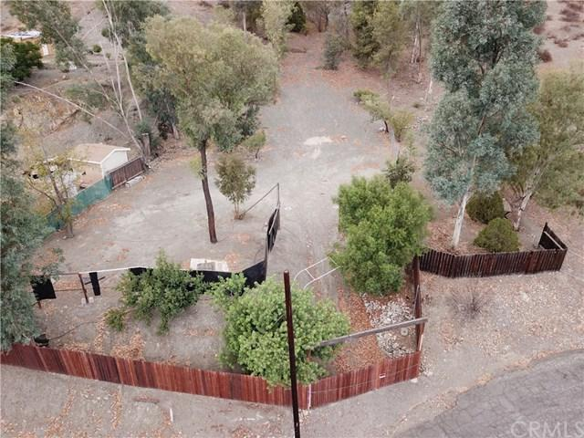 28025 Oregon Place, Quail Valley, CA 92587 (#SW18242029) :: Hiltop Realty