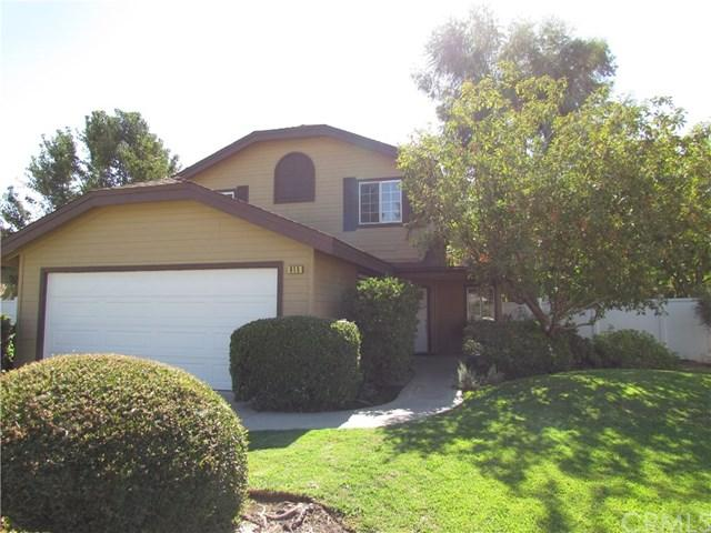 615 E Rock Creek Lane, Fresno, CA 93730 (#FR18244907) :: Millman Team
