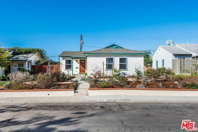 1121 E Acacia Avenue, El Segundo, CA 90245 (#18395206) :: Go Gabby