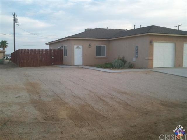 8501 Rea Avenue, California City, CA 93505 (#SR18246451) :: Millman Team