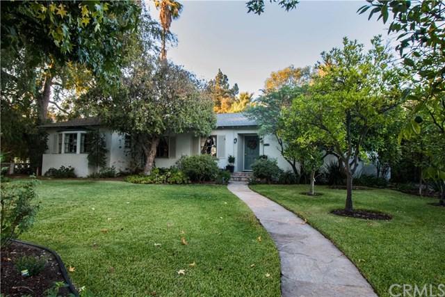 637 W 11th Street, Claremont, CA 91711 (#CV18238244) :: Mainstreet Realtors®