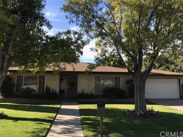 2820 Holiday Way, Madera, CA 93637 (#FR18247107) :: Fred Sed Group